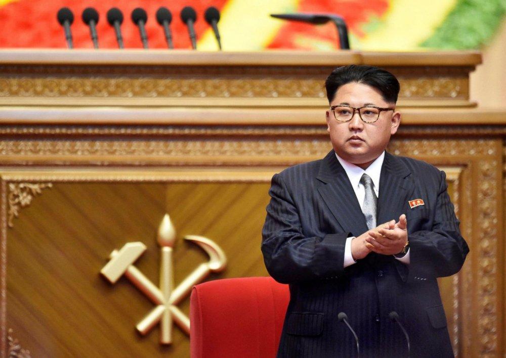 Ly do thuc su khien ong Kim Jong-un lien tuc thi sat cac nha may hinh anh 1