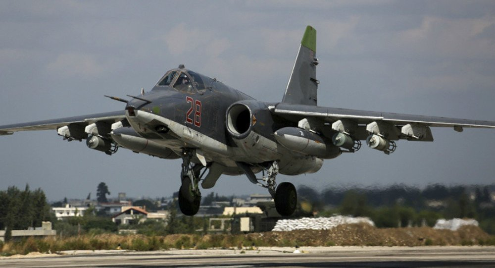 Cuong kich Su-25 moi cua Nga tang hinh truoc ten lua phong khong ca nhan hinh anh 1