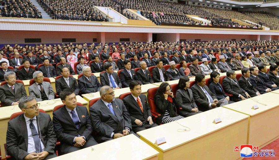 Anh: Trieu Tien ky niem 76 nam ngay sinh co lanh dao Kim Jong-il hinh anh 12