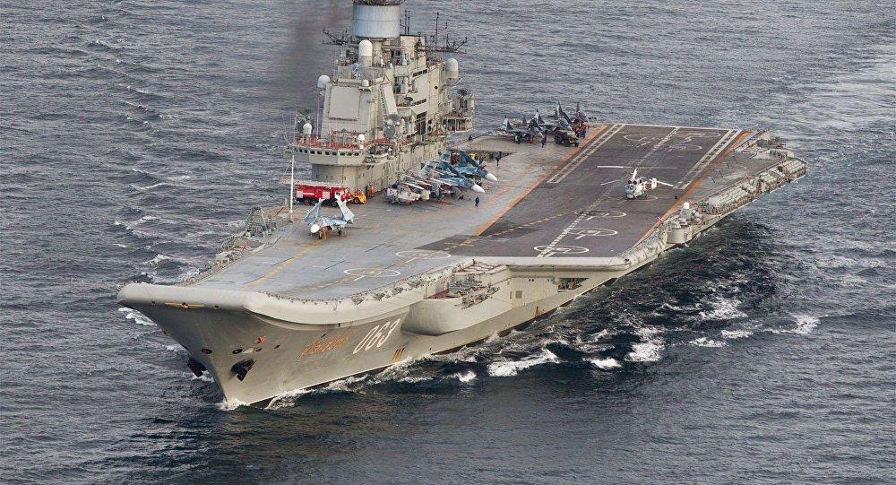 So suc manh tau san bay Trung Quoc va USS Carl Vinson vua den Viet Nam hinh anh 2