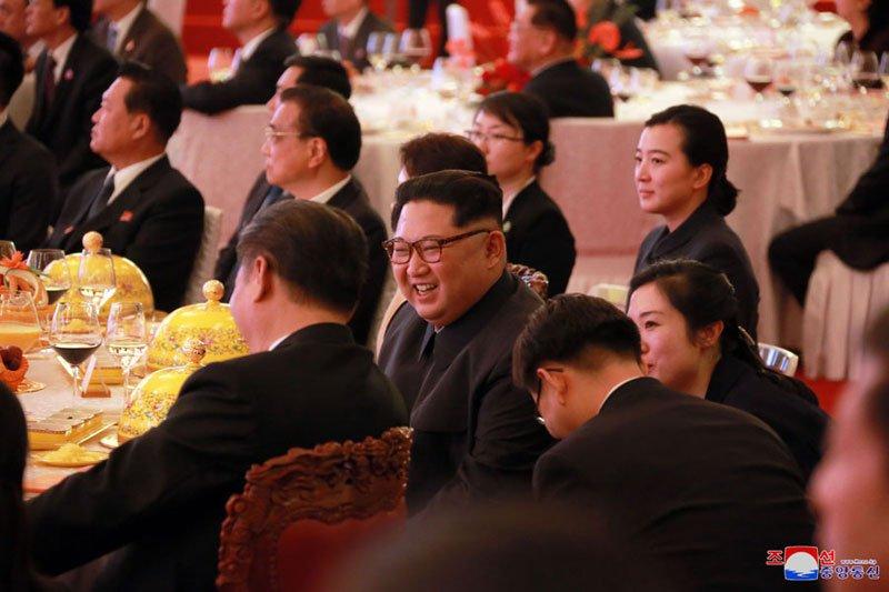 Anh: Can canh quoc yen chieu dai ong Kim Jong-un va phai doan Trieu Tien hinh anh 7