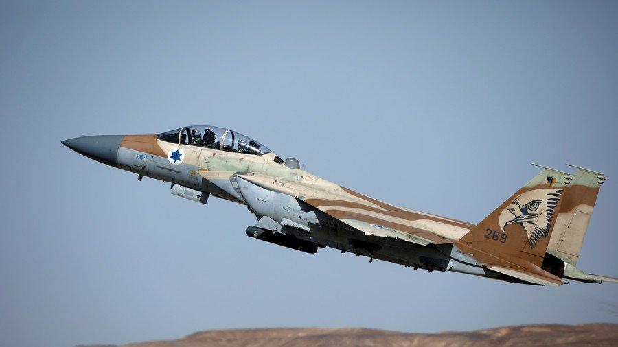 Israel co tuyen bo dang ngo truoc khi Syria bi khong kich hinh anh 1