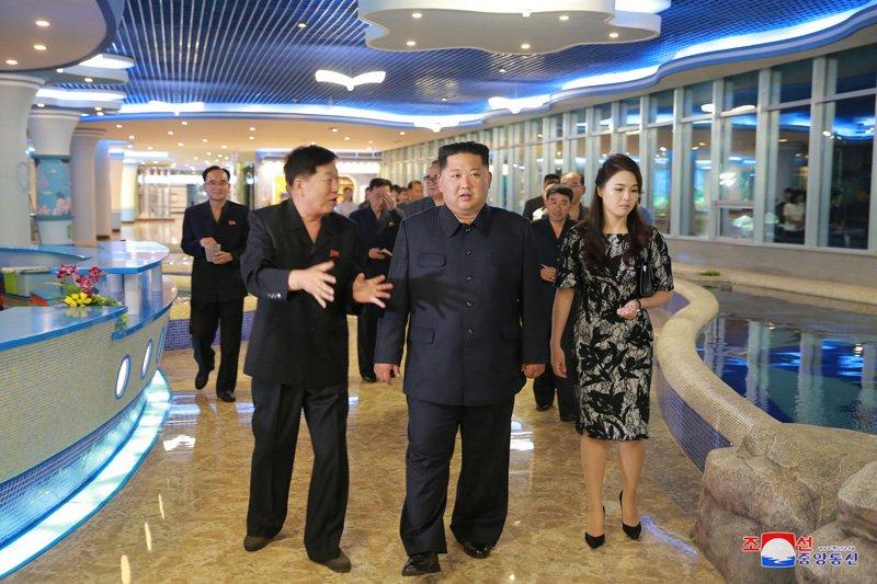 Ong Kim Jong-un di dau truoc khi toi Singapore tham du Hoi nghi My - Trieu? hinh anh 1