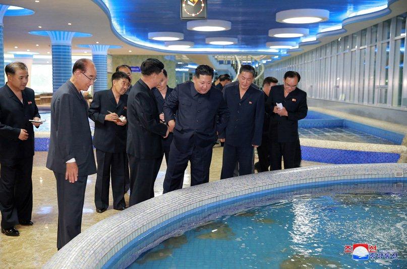 Ong Kim Jong-un di dau truoc khi toi Singapore tham du Hoi nghi My - Trieu? hinh anh 3
