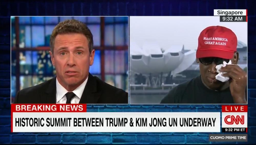 Ban than ong Kim Jong-un khoc tren truyen hinh truc tiep vi xuc dong khi noi ve Hoi nghi My - Trieu hinh anh 1