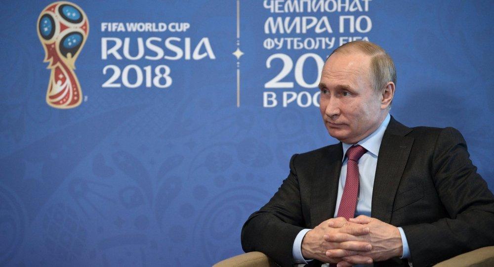 Vi khach moi dac biet trong le khai mac World Cup 2018 cua Tong thong Putin hinh anh 1