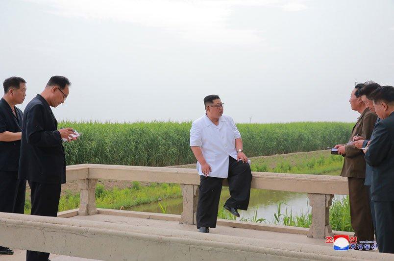 Anh: Ong Kim Jong-un thi sat don vi quan doi va khu vuc giap bien gioi Trung Quoc hinh anh 5
