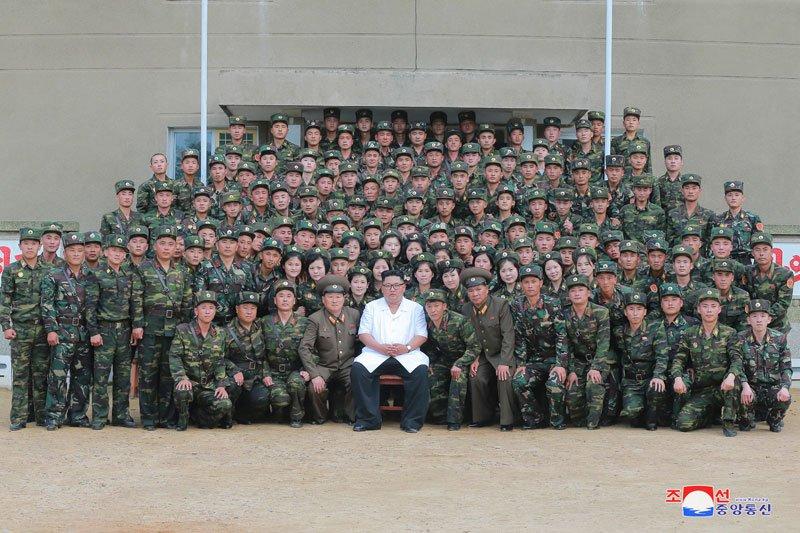 Anh: Ong Kim Jong-un thi sat don vi quan doi va khu vuc giap bien gioi Trung Quoc hinh anh 2