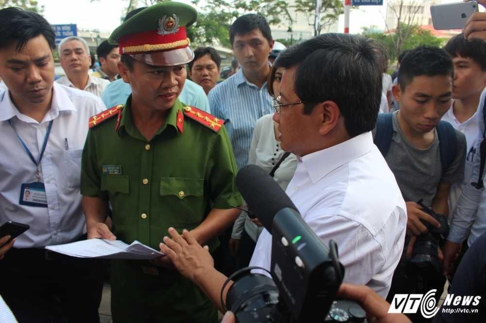 Thao go hang loat vong gac cong an lan chiem via he tai Ngan hang Nha nuoc Viet Nam hinh anh 11