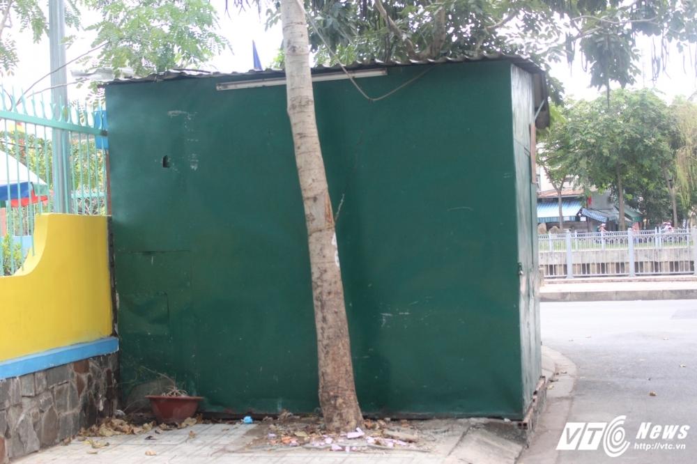 TP.HCM dep 'cuop' via he: Chot dan phong van chinh inh, thach thuc hinh anh 3
