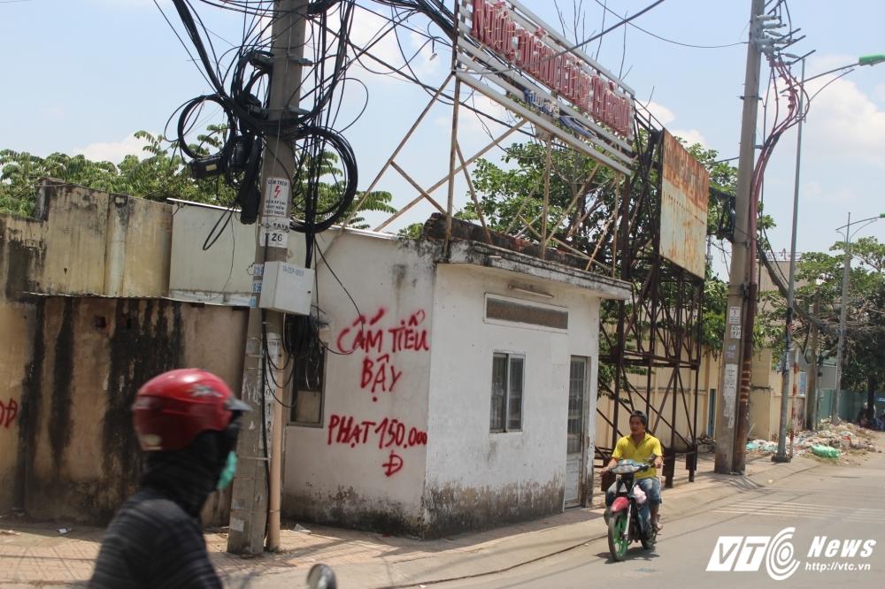 TP.HCM dep 'cuop' via he: Chot dan phong van chinh inh, thach thuc hinh anh 9