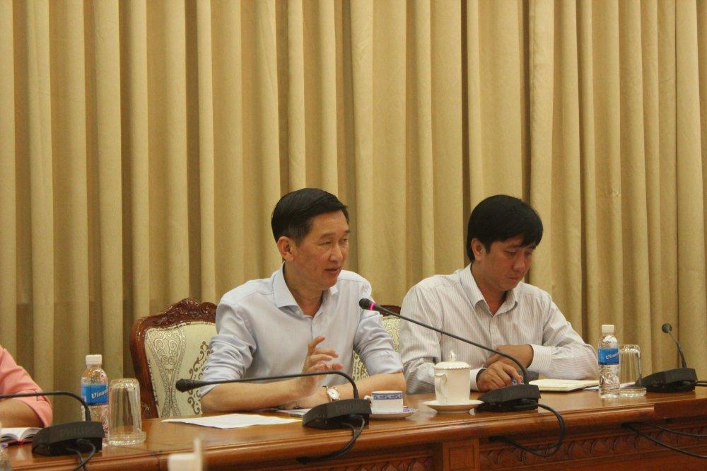Ve thuc pham ban, Pho Chu tich TPHCM: 'Xu ly nghiem, ke ca khoi to neu can' hinh anh 1