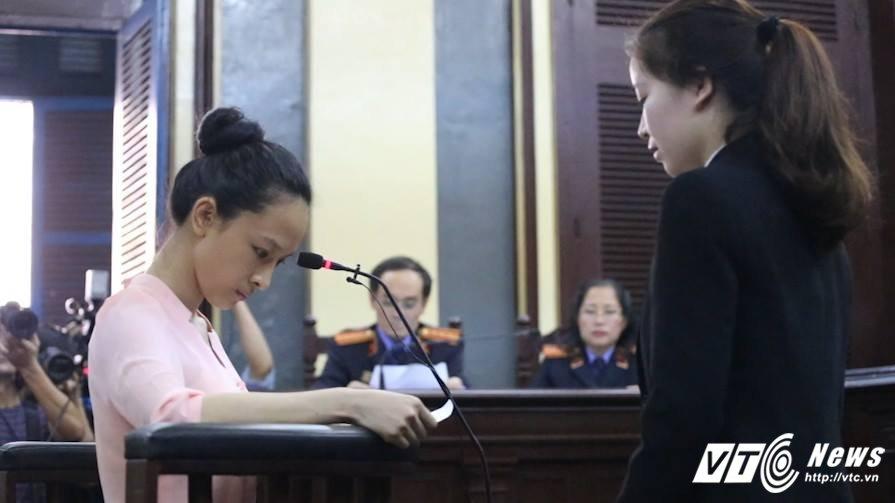 Vu an hoa hau Phuong Nga: Trieu tap khan nguoi phu nu 'bi an' hinh anh 2