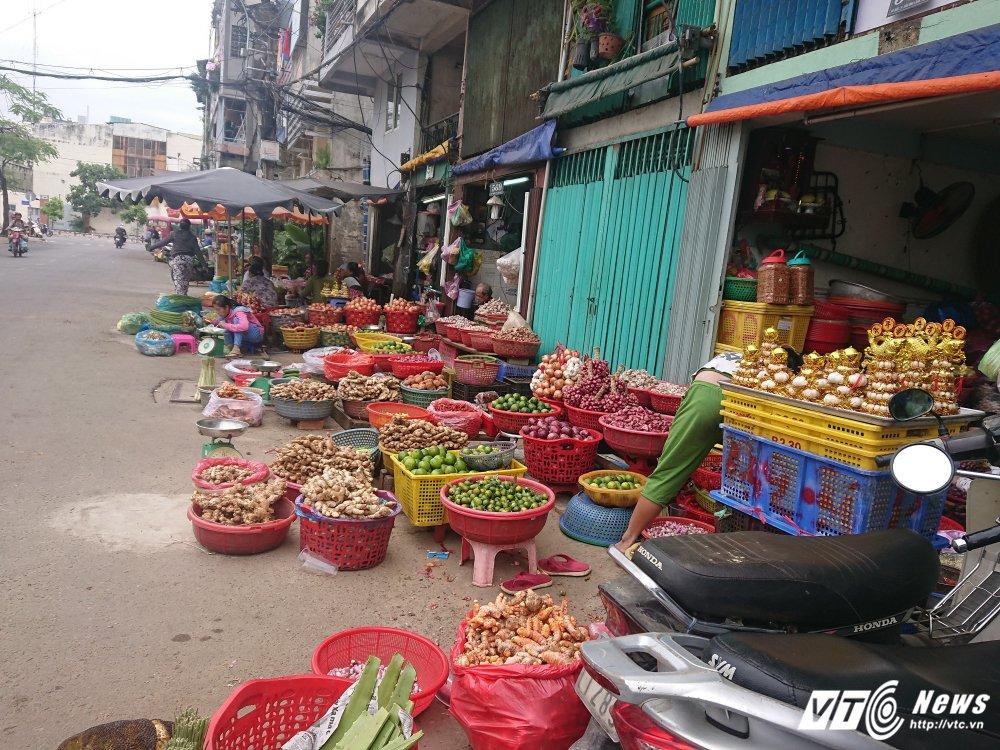 Vang bong ong Doan Ngoc Hai, via he quan 1 bien thanh cho hinh anh 13
