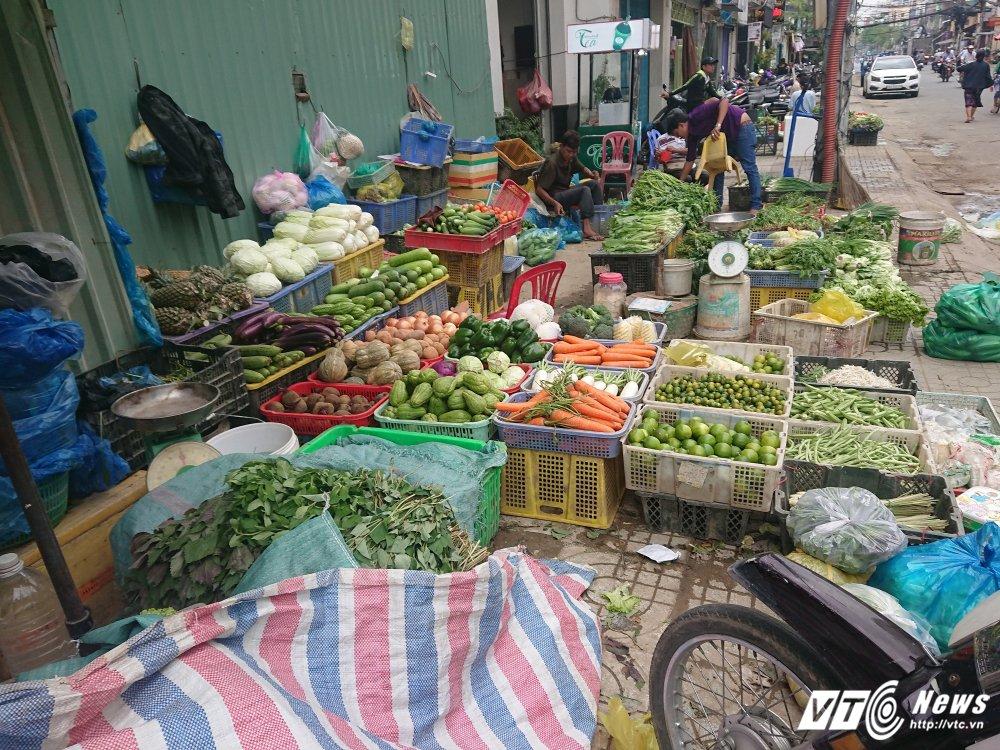 Vang bong ong Doan Ngoc Hai, via he quan 1 bien thanh cho hinh anh 15