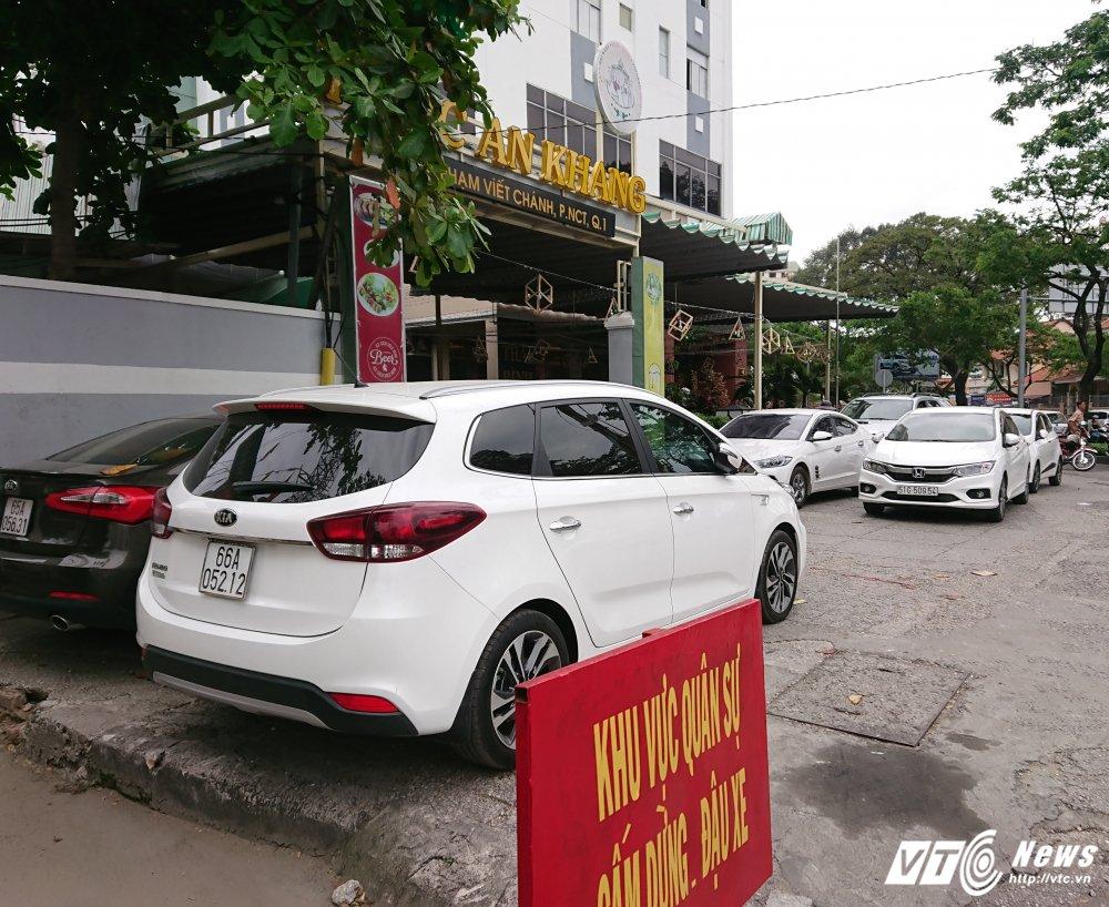 Vang bong ong Doan Ngoc Hai, via he quan 1 bien thanh cho hinh anh 3