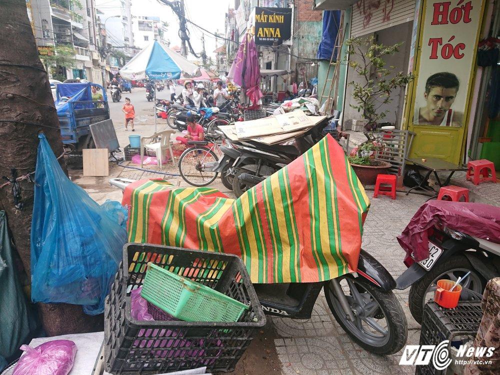Vang bong ong Doan Ngoc Hai, via he quan 1 bien thanh cho hinh anh 12