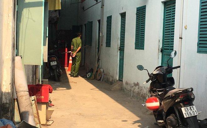 Cap vo chong boc chay trong phong tro khoa cua o Binh Duong: Nghi van do ghen tuong hinh anh 1