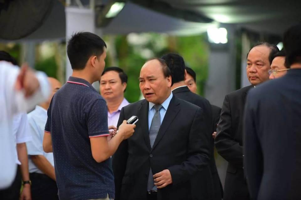 Thu tuong Nguyen Xuan Phuc den vieng co Thu tuong Phan Van Khai hinh anh 1