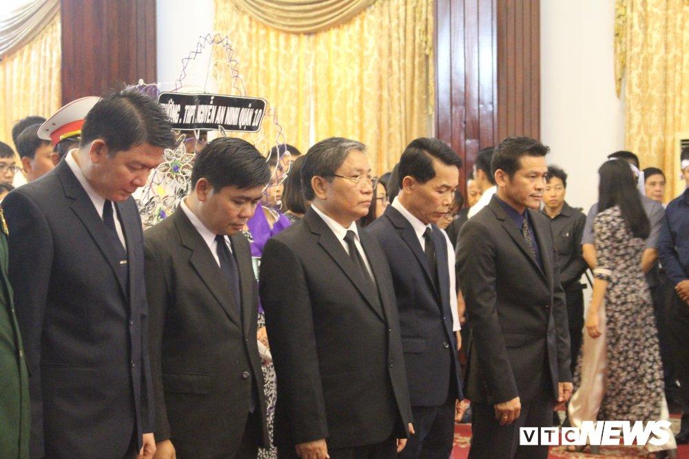 Nhieu doan quoc te vieng nguyen Thu tuong Phan Van Khai hinh anh 5