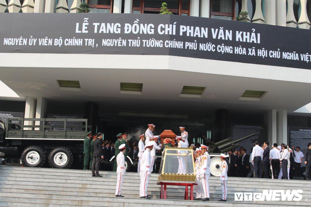 Linh xa dua linh cuu nguyen Thu tuong Phan Van Khai ve dat me Cu Chi hinh anh 5