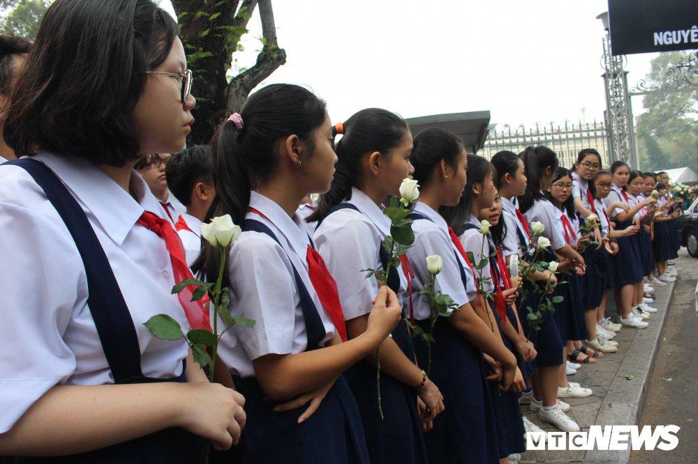 Linh xa dua linh cuu nguyen Thu tuong Phan Van Khai ve dat me Cu Chi hinh anh 11
