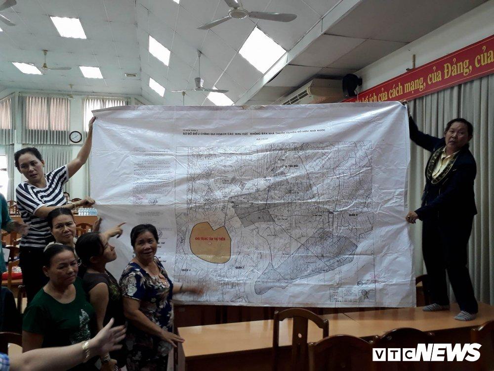 Chu tich HDND TP.HCM: 'Vu Thu Thiem chung toi cung day dut lam' hinh anh 3