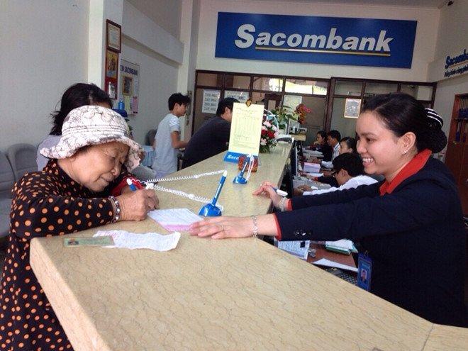 Sacombank trich tien 'khung' de chi luong va phu cap cho nhan vien hinh anh 1
