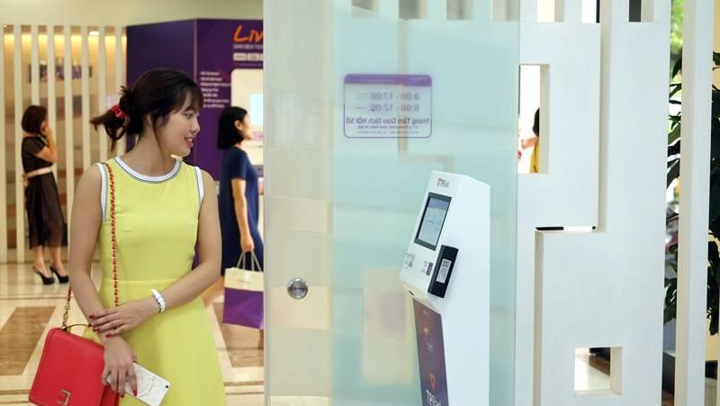 TPBank quyet tam phan luong khach hang bang cong nghe 'khong cham' hinh anh 1