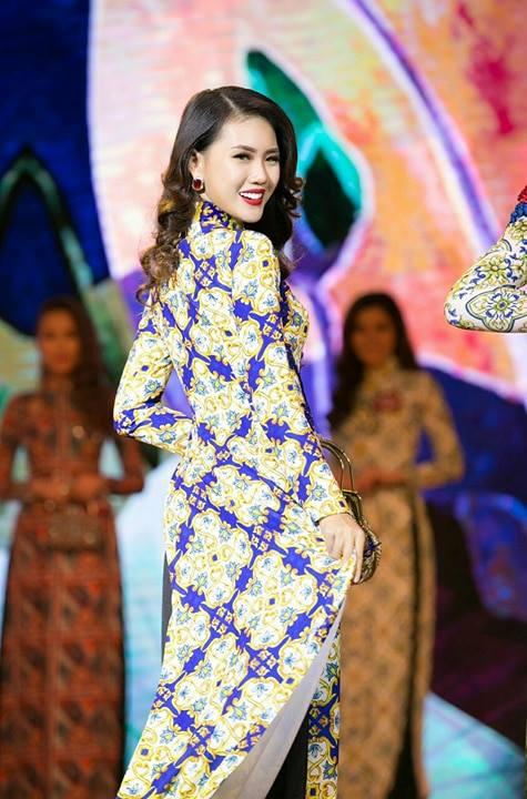 Bui Quynh Hoa dang quang 'Miss Ao dai Viet Nam World 2017' hinh anh 2