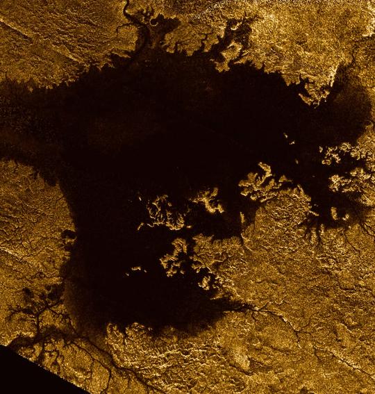 NASA tung chuon chuon may len Mat trang cua sao Tho hinh anh 3