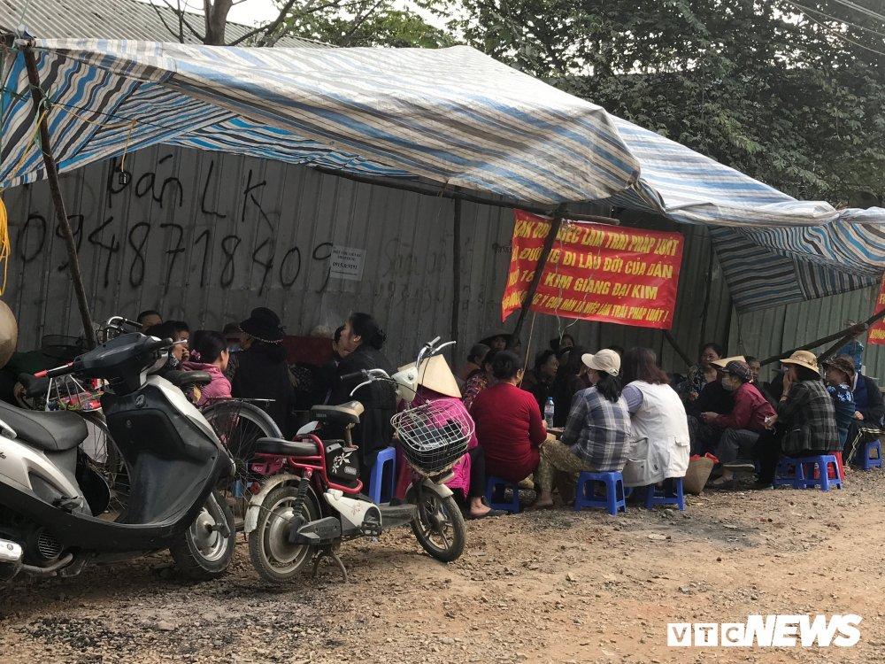 Dan lang ngo 168 Kim Giang ra duong o phan doi chu dau tu bit loi di hinh anh 10
