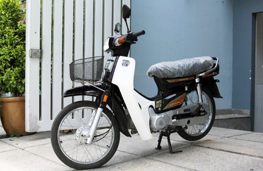 Dan choi Viet thoi bao cap cuoi 'sieu xe' Simson, Min 'kho', Super cub... di choi Tet hinh anh 8