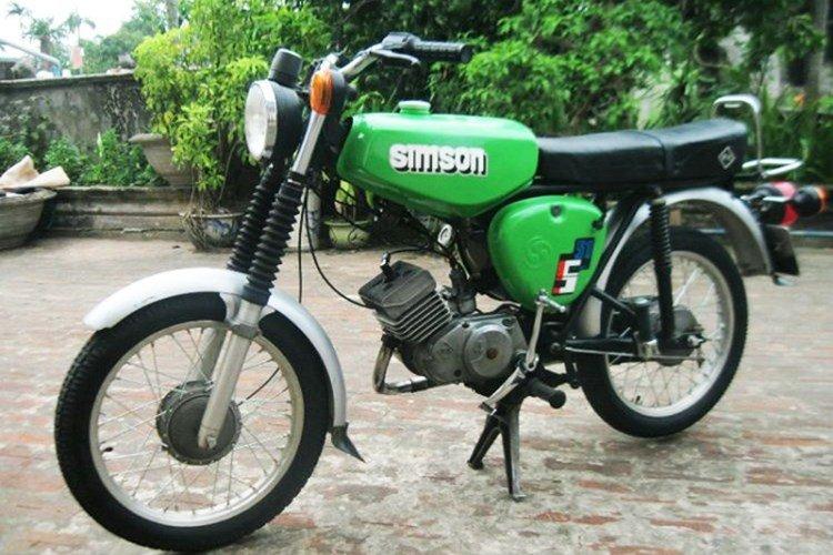 Dan choi Viet thoi bao cap cuoi 'sieu xe' Simson, Min 'kho', Super cub... di choi Tet hinh anh 1