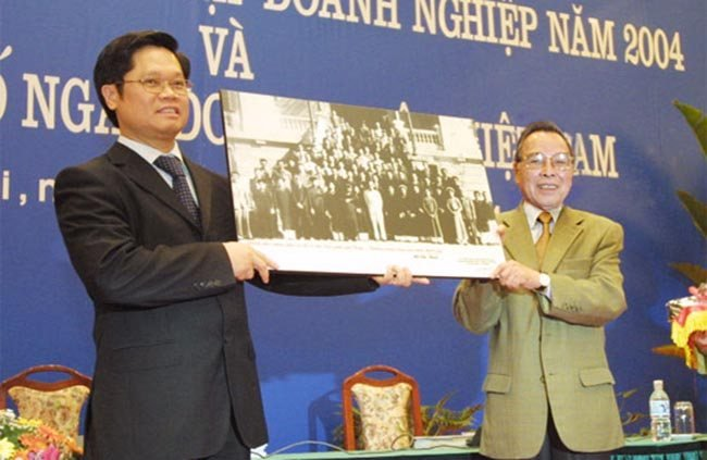 Nguyen Thu tuong Phan Van Khai: Nhung cuoc gap go chua tung co hinh anh 1