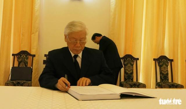 Xuc dong loi tri an trong so tang vieng nguyen Thu tuong Phan Van Khai hinh anh 1