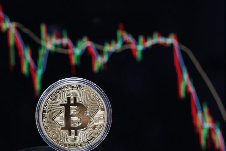 Gia Bitcoin hom nay 24/6: Ngac ngoai duoi muc 6.200 USD hinh anh 1