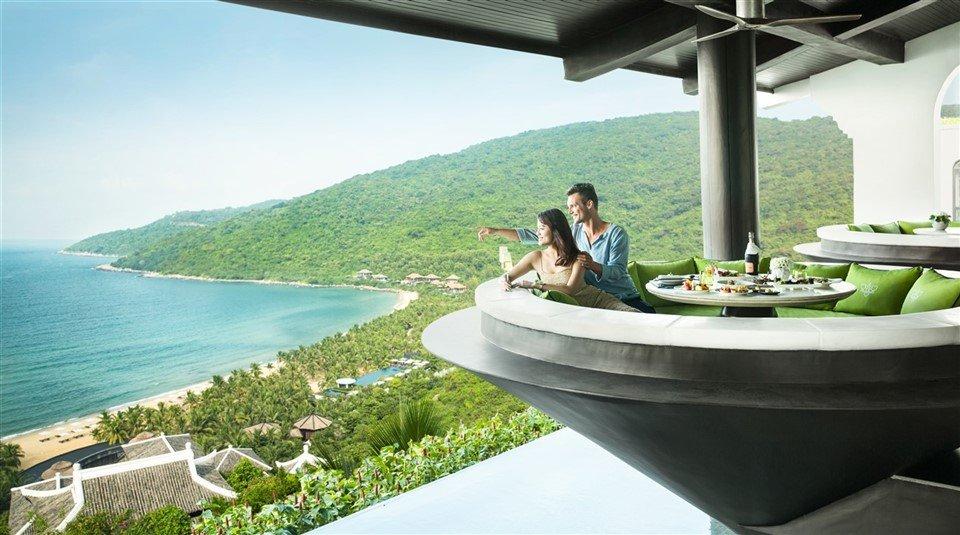 intercontinental-danang-sun-peninsula-resort-1-2-1640298