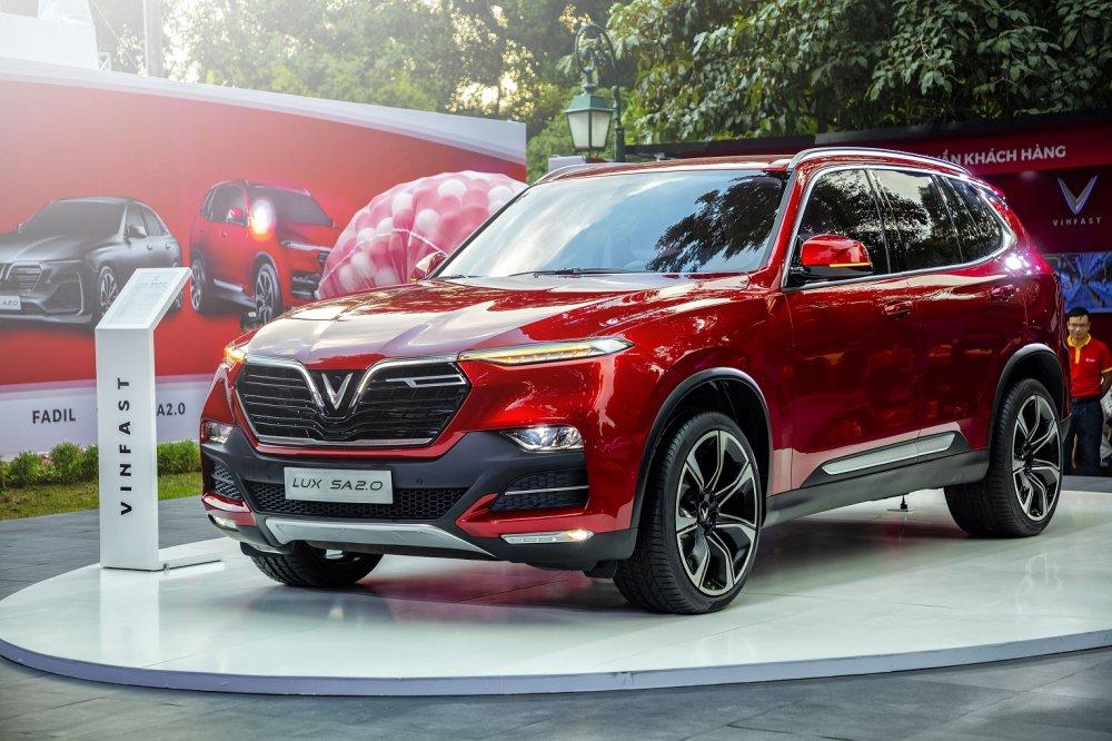 VinFast SUV Lux SA 2.0