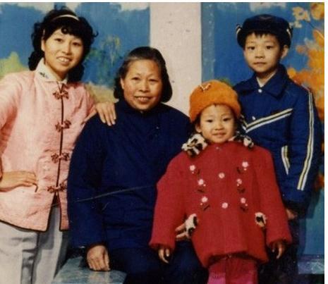 Anh trai Ly Lien Kiet lam thue cho em, nhan hon 300 trieu/thang hinh anh 2