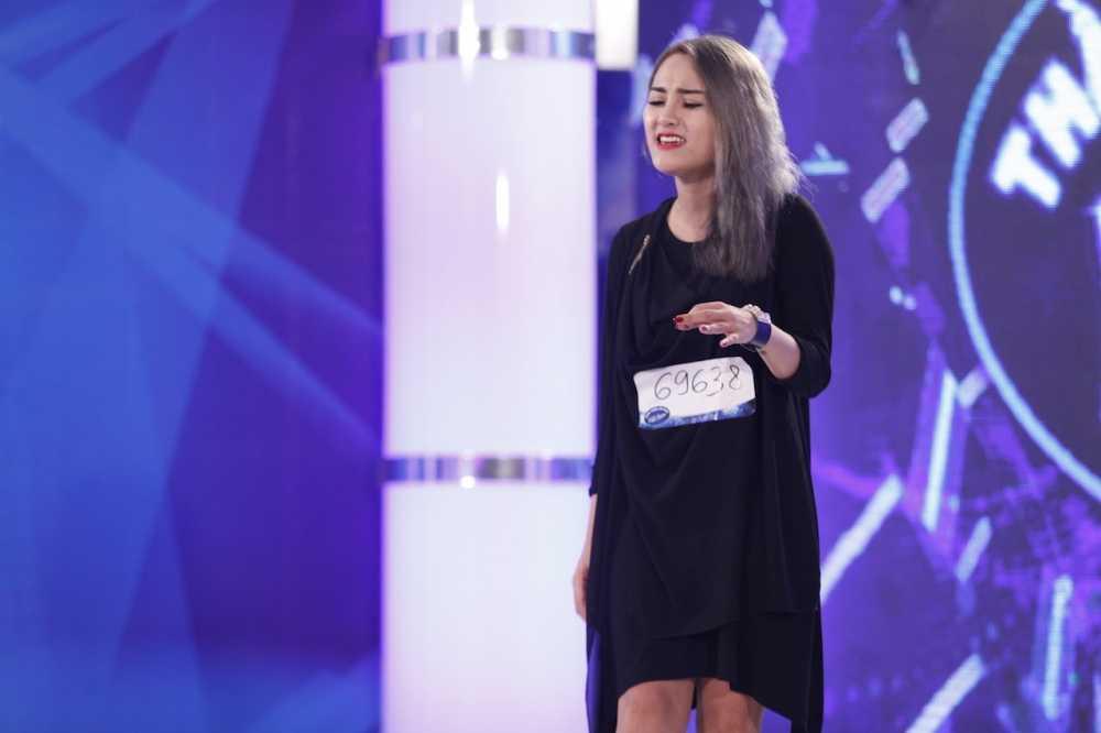 Vietnam Idol: Thu Minh thang tay loai fan vi tiet muc tham hoa hinh anh 4