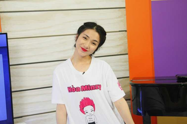Truc tiep tap 9 Guong mat than quen: Hoa Minzy don nguoi hoa Psy 'Gangnam Style' hinh anh 1