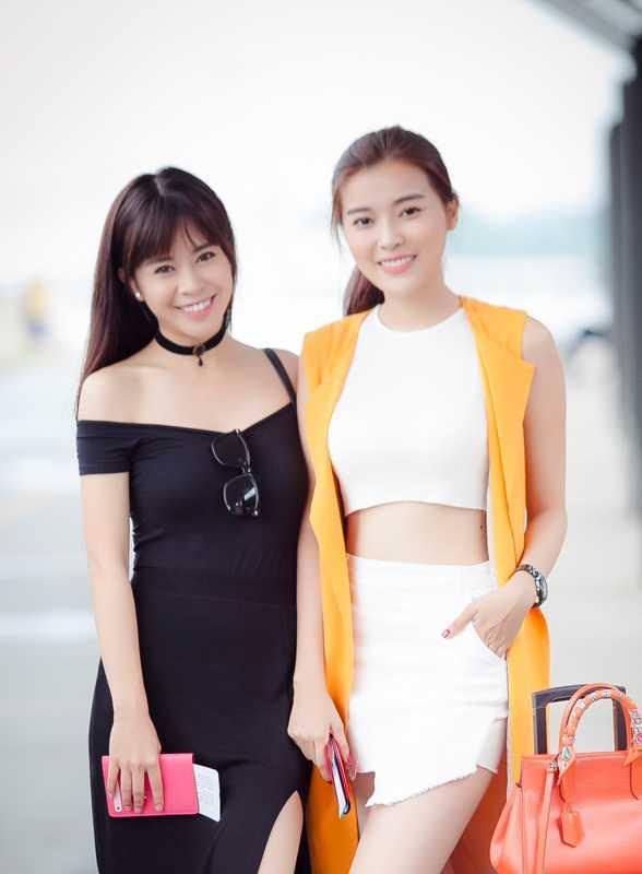 Cao Thai Ha se 'dot mat' khan gia bang bo anh bikini cung ban than hinh anh 2