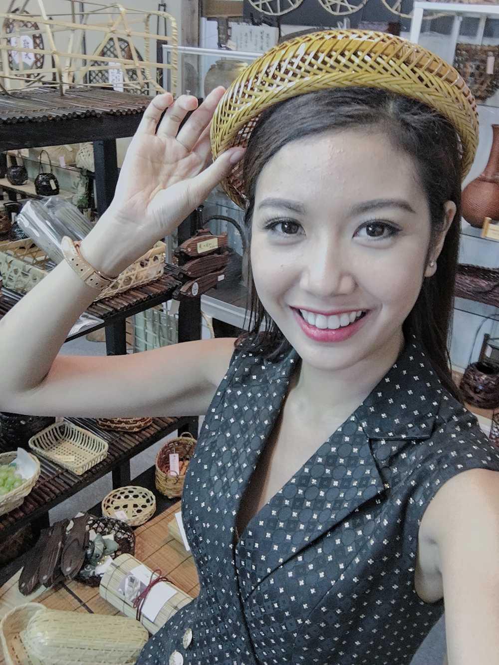 A hau Thuy Van do sac Top 5 Hoa hau Quoc te 2015 o Nhat Ban hinh anh 2