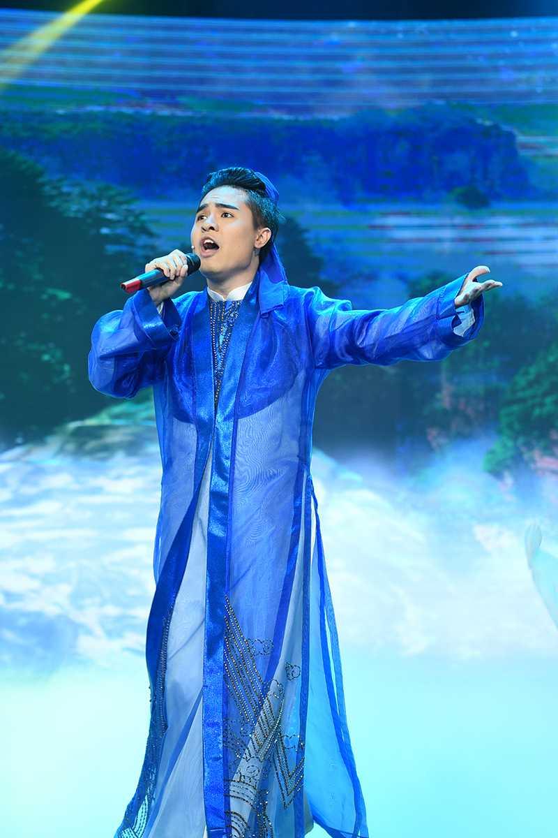 Thu suc voi tuong co, chi gai Ho Van Cuong nhan 'con mua loi khen' hinh anh 3