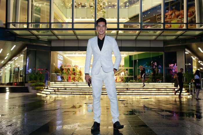 Lan Khue khoe street style cuc 'chat' o dia diem 'hot' nhat Sai Thanh hinh anh 4