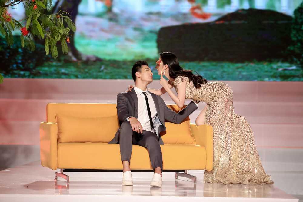 Truc tiep tap 8 The Face: Ho Ngoc Ha mia mai Mai Ngo 'khong binh thuong' hinh anh 6