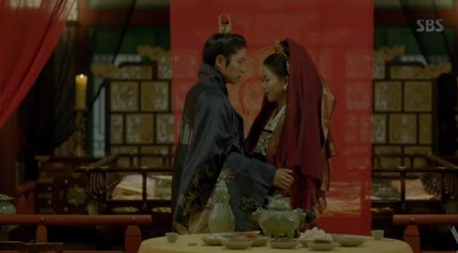 Nguoi tinh anh trang tap 18: Bi Hae Soo tu hon, Wang So cuoi Yeon Hwa giu ngoi vua hinh anh 8