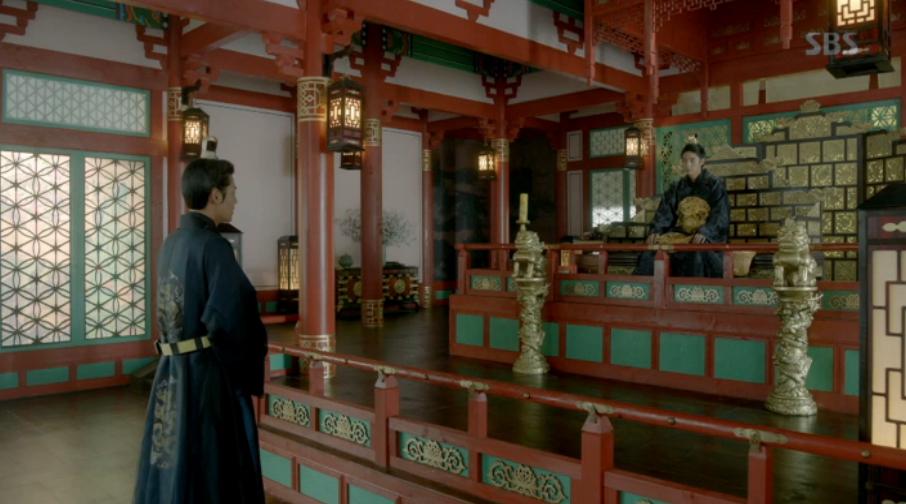 Nguoi tinh anh trang tap 18: Bi Hae Soo tu hon, Wang So cuoi Yeon Hwa giu ngoi vua hinh anh 2