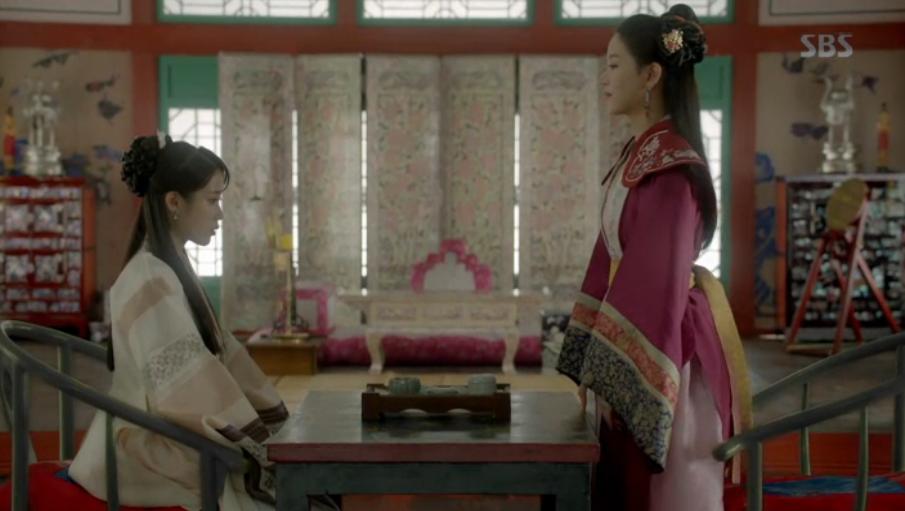Nguoi tinh anh trang tap 18: Bi Hae Soo tu hon, Wang So cuoi Yeon Hwa giu ngoi vua hinh anh 1